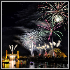 Fireworks_9035 (bjarne.winkler) Tags: 2017 new year firework over sacramento river with tower bridge ziggurat building background