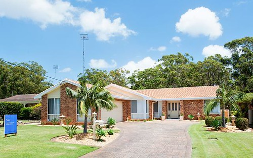 54 Government Rd, Shoal Bay NSW 2315