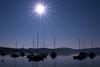 un mattino in controluce (mat56.) Tags: paesaggi paesaggio landscapes landscape lago lake barche boats sole sun mattino mattina morning blu blue viverone piverone piemonte torino controluce backlight antonio romei mat56