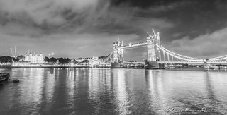 Tower Bridge  thames and tower of London Nights B-W