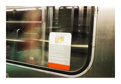 _JPR8573 (Jordane Prestrot) Tags: jordaneprestrot paris ♐ subway métro subterráneo lapin rabbit conejo