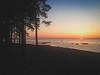 IMG_0518 (ohuehho) Tags: закат залив берег солнце деревья