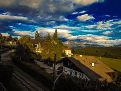 Veduta del Renon (o.solemio) Tags: photo n° 435 minoosolemio renon paesaggio landscape cielo nuvole dolomiti case tetti binari alberi allaperto colore nikoncoolpix