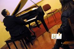 Piano_concert (caleidoscopioconcerti) Tags: piano concert concerto pianoforte sala room zimmer palazzore auditorium pubblico gente leute direzioneartistica antoniocastagna caleidoscopio comunegiulianova città centrostorico fondazionetercas tastuera suonare spielen