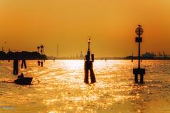 Sundowner at Venice (Ralf1205) Tags: lichtstimmung sonnenuntergang sundowner availablelight nikond90 nikon venice venedig
