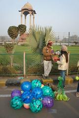 Haggling (notFlunky) Tags: india fate new delhi vendor hawkers balls selling