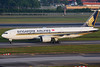 Singapore Airlines Boeing 777-212/ER 9V-SQN (Mark Harris photography) Tags: spotting wsss changi sq plane