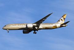 A6-BLC (JBoulin94) Tags: a6blc etihad airways boeing 7879 dreamliner washington dulles international airport iad kiad usa virginia va john boulin