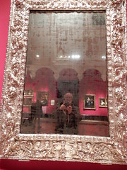 Queen's Gallery, London: self portrait reflected in English silver mirror c. 1670 (John Steedman) Tags: london uk unitedkingdom england イングランド 英格兰 greatbritain grandebretagne grossbritannien 大不列顛島 グレートブリテン島 英國 イギリス ロンドン 伦敦 queensgallery