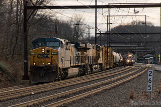 CSX Q438-26 @ Woodbourne, PA