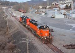 B&LE 867 & CN 5291. Butler, PA (bobchesarek) Tags: cn blerr bessemer 867 railfan butlerpa pennsylvania