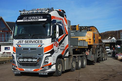 JST Services Volvo FH16 agus Liebherr LH50