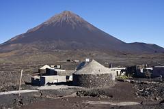 Chã das Caldeiras (Jbouc) Tags: fogo caboverde capvert africa afique iles island ihla travel voyage volcan volcano pico village caldeira