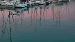 jlvill  073 Reflejo de un hermoso cielo crepuscular (jlvill) Tags: agua reflejos mastiles cielo barcos yates nautica 1001nights 1001nightsmagiccity