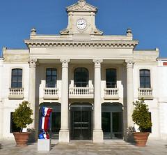 Quel est ce lieu? L'hôtel-de-ville de la ville d'été à Arcachon, Gironde, avec un bonbon de Laurence Jenkell. In Explore. (Marie-Hélène Cingal) Tags: france 33 gironde arcachon