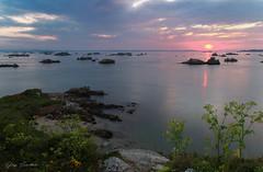 Sunset (Toucaly) Tags: mer france spring paysagemarin nuageux îledebréhat côtesdarmor cloudy printemps island île seascape bretagne europe lekerpont sea