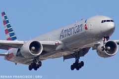 N718AN (renanfrancisco) Tags: aa aal americanairlines american n718an boeing boeing777 777 773 777300 boeing777300 gru sbgr gruairport guarulhosairport oneworld landing pouso airport aeroporto aeropuerto airlines spotting