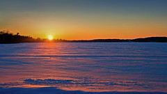 Last colours of the day. (Bob's Digital Eye) Tags: bobsdigitaleye canon efs24mmf28stm feb2018 flicker flickr frozenlake ice lakesunset lakescape snow t3i winter wintercolour winterinmn laquintaessenza sunset sky
