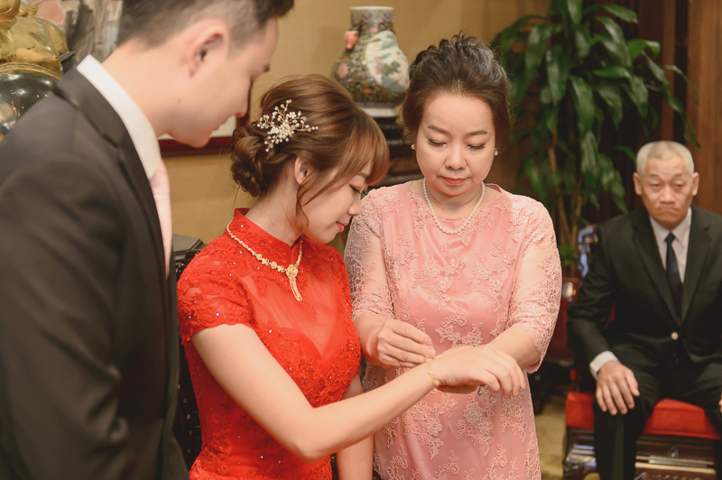 國賓宴客,國賓婚攝,婚攝,新祕藝紋,國賓飯店國賓廳,類婚紗,手作帶路雞,結婚登記拍攝,MSC_0033