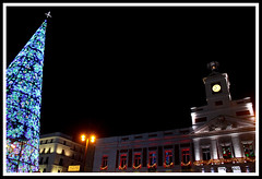 Plaza España, Puerta del Sol (Estibaliz Llano Vicente) Tags: madrid spain españa capital viaje trip plaza puerta sol christmas navidad luz light