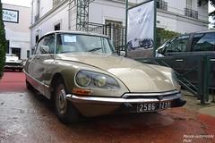 Citroën DS 21 IE Pallas 1972 (Monde-Auto Passion Photos) Tags: voiture vehicule auto automobile citroën ds berline ancienne classique vente enchère osenat france fontainebleau