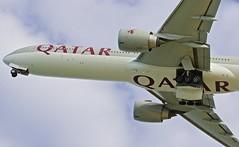 HKT/VTSP: QatarAirways Boeing B777-3DZ/ER A7-BAM (Roland C.) Tags: airport phuket airportphuket thailand qatar qatarairways a7bam boeing b777 b773 b773er b777300er
