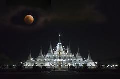Belated upload . . (grantthai) Tags: wat temple watasokaram asokaram night moon blood blue bloodmoon supermoon