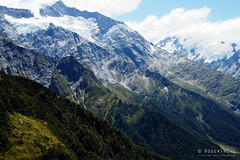 20180130-78-Layers of rock (Roger T Wong) Tags: aspiringnationalpark np nz natioanlpark newzealand sel2470z sony2470 sonya7ii sonyalpha7ii sonyfe2470mmf4zaosscarlzeissvariotessart sonyilce7m2 southisland westmatukitukivalley hike layers outdoors rock tramp trek walkbushwalk