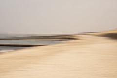 Ein Tag am Meer #2 (Mo Vidal) Tags: meer meereslandschaft himmel horizont helldunkel wasser sand dünen strand stille ostsee