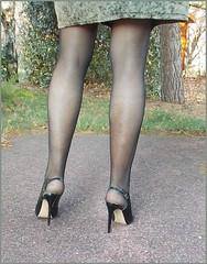 2018 - 01 - 10 - Karoll  - 011 (Karoll le bihan) Tags: escarpins shoes stilettos heels chaussures pumps schuhe stöckelschuh pantyhose highheel collants bas strumpfhosen talonshauts highheels stockings tights