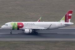 TAP Air Portugal Airbus 320-214 CS-TMW (c/n 1667) (Manfred Saitz) Tags: vienna airport schwechat vie loww flughafen wien tap air portugal airbus 320 a320 cstmw csreg