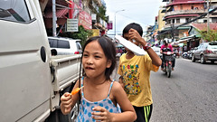 Icey Pole Time (CAMBODIA) (ID Hearn Mackinnon) Tags: icey pole after school cambodia cambodian phnom penh 2017 south east asia asian kids child people culture street urban city