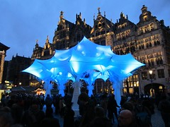Grote Markt, Antwerpen (Stewie1980) Tags: antwerpen anvers antwerp belgië belgique belgien belgium grote markt avond kerstmarkt kerst verlichting versiering market square christmas xmas lights decoration evening bluehour
