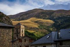 Prados alpinos (SantiMB.Photos) Tags: 2blog 2tumblr 2ig iglesia church románico romanesque montaña mountain campanario belltower geo:lat=4249899163 geo:lon=082077473 geotagged durro cataluna españa esp