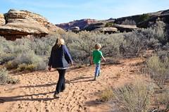Everett & Mommy On The Cave Spring Trail (Joe Shlabotnik) Tags: nationalpark utah hiking 2017 canyonlands november2017 canyonlandsnationalpark afsdxvrzoomnikkor18105mmf3556ged