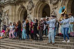 Dans la rue la musique ! (afantelin) Tags: opéra fanfare musique saxophone clarinette flute hélicon trombone orchestre
