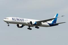 9K-AOC (GerardvdSchaaf) Tags: 777 777300 9kaoc aircraft airplane arabie aviation boeing fabrikant frankfurt kuwaitairways operator vliegtuigen vliegtuigsoort