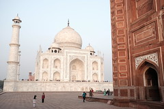 Taj Mahal - Agra (Huub Pics) Tags: taj mahal india agra explore travel travelphotography wanderlust wander mausoleum moghul empire colors colorful gates architecture people monument sunrise posing emperor view sightseeing scenic