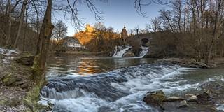 *Winter-Sonneaufgang an der Burg Pyrmont*