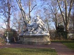 Stuttgart -  Oberer Schloss Garten (Bartwatching) Tags: stuttgart obererschlossgarten statues standbeelden