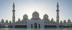 20180223-DSC_6867-Pano-Edit (danieleeffe1) Tags: nikkor d7100 nikon sheikh zayed mosque white gold sunny reflection abudhabi religion muslim architecture peace quite sunset refelction uae arabian arabia arab