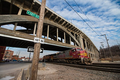 Bottom Dwellers (Jake Branson) Tags: train railroad locomotive bnsf santa fe atsf ge dash 9 c449w warbonnet 12th street bridge west bottoms kc mo missouri kansas city