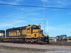 BNSF 6944 @ University (Matt Hagfors) Tags: electromotivedivision emd sd402 atsf bnsf burlingtonnorthernsantafe bluebonnet atchisontopekaandsantafe