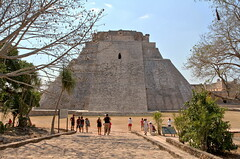 Uxmal - The pyramid of the Magician (Chemose) Tags: mexico mexique yucatán uxmal pyramide pyramid magicien devin magician maya hdr canon eos 7d mars march