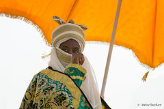 Sarkin Kano (Irene Becker) Tags: arewa durbar kaduna kadunastate murtalamuhammedsquare nigeria northnigeria westafrica celebration centenary northernnigeria people portrait indigenousculture photograph outdoors realpeople developingcountries decorative coloredpicture colour africanethnicity cultural culture day traveldestination traditionalclothing street inspiration creativity communication umbrella royalty ruler rulers leader majesty king kings beauty pride hausa timetravel festival parade