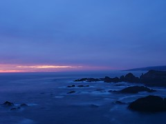 Sunset at Sea Ranch, California on a Winter Night. (Seymour Lu) Tags: mirrorless dcgh5 gh5 lumix panasonic photography searanch ranch sea california north pacific cliffs rocks waves crashing sunsets sunset twilight evening water ocean