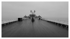 Pier in Cromer (England) (mibric) Tags: pier embarcadère cromer england angleterre uk