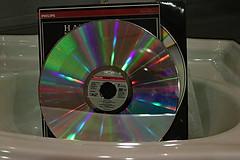 Laserdisk (Steenvoorde Leen - 6 ml views) Tags: doorn 2018 utrechtseheuvelrug kringloopwinkeldoorn laserdisk disk record