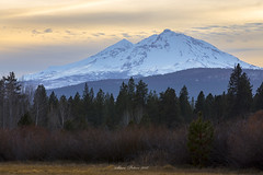 Mountain View (TierraCosmos) Tags: sistersmountains sisters meadow winter landscape trees snow sunset centraloregon oregon
