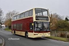 East Yorkshire 672, YY52LCM. (EYBusman) Tags: east yorkshire motor services eyms hull bus coach burton fleming pond village plaxton president volvo b7tl yy52lcm eybusman